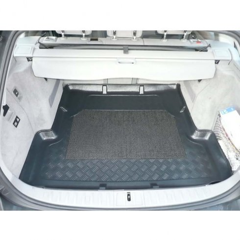 Tailored-fit anti-slip car boot liner for BMW 3 E91 Touring 05-2012