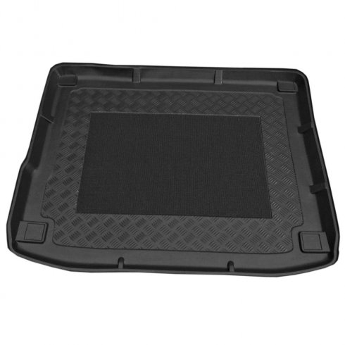 Tailored-fit anti-slip car boot liner VW Touareg II SUV 2010 on