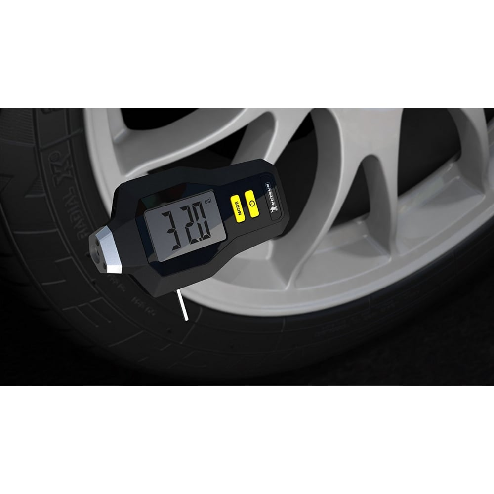 Michelin Digital Tyre Pressure Gauge With Tread Depth Gauge