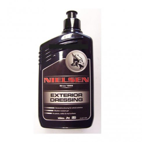Nielsen exterior dressing for cars