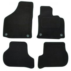 Volkswagen Golf 5 & TDI black car mats 2004-2007 with oval clips
