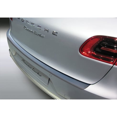 Porsche Macan rear bumper protector from April 2014>