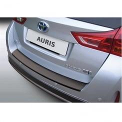 Toyota Auris Estate rear bumper protector August 2013>