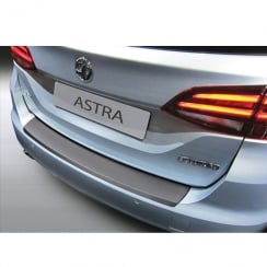 Vauxhall Astra K Sports Tourer rear bumper protector December 2015>