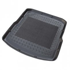 Tailored-fit anti-slip car boot liner for Skoda Superb II Estate (3T)
