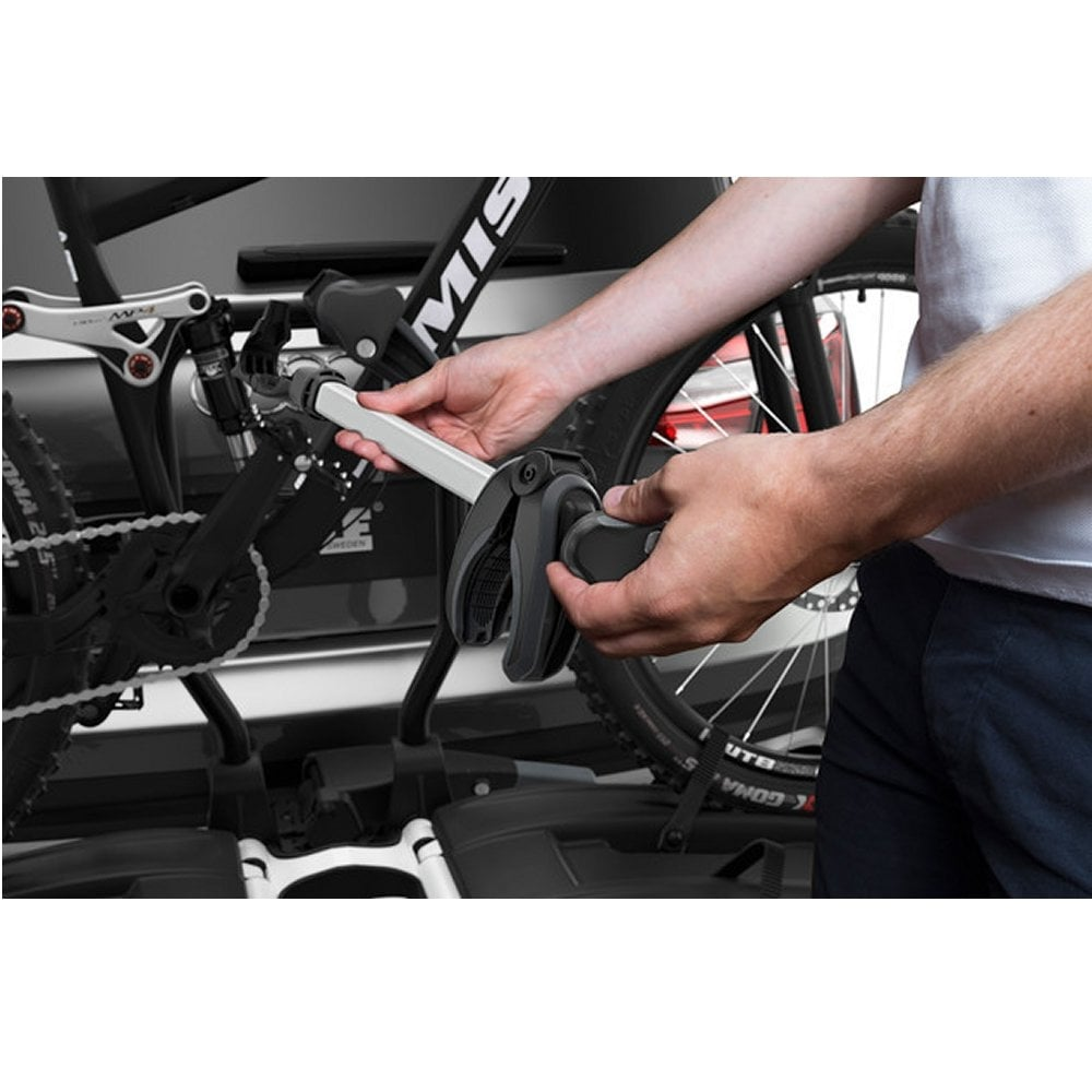 thule 933 easyfold xt tow bar mounted 2 bike carrier from. Black Bedroom Furniture Sets. Home Design Ideas